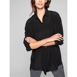 Athleta Washable Silk Button Down Tunic in Black
